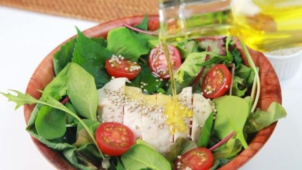 夏天其實容易缺「油」!中醫師:3種富含Omega-3食材,對抗身體發炎