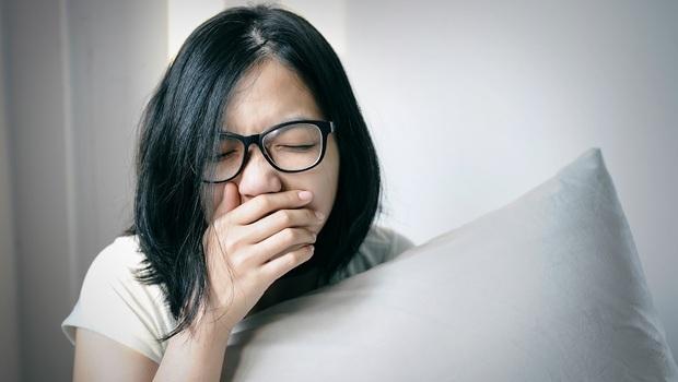 漱鹽水真的可以改善喉嚨痛?耳鼻喉科醫生:比鹽水更有用的是...