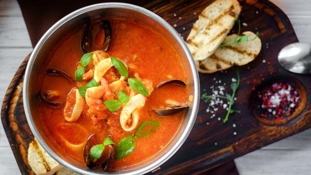 日本權威營養師公開「除斑湯」食譜:2種食物防黑斑、雀斑