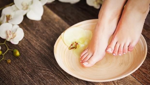 春天吃甜、夏天按摩印堂、冬天泡腳...養陽氣、健脾胃!北京名中醫師四季養生法