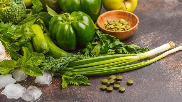加速脂肪燃燒,首選「深色蔬菜」!女醫師推薦3種蔬菜,瘦身又抗癌