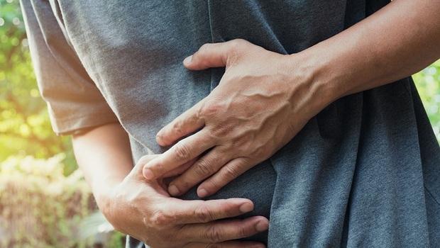 運動就腹痛,檢查竟動脈100%阻塞!醫師揭:這種心肌梗塞幾乎沒症狀