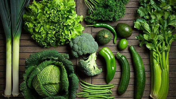 你聽過「維生素K」嗎?恐是骨骼鈣化的兇手!這3類食物就能補足