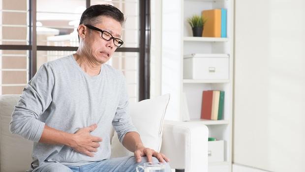改善胃潰瘍,吃飯就要「先吃油脂」!學中醫師的8招「養胃調理術」
