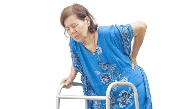 腰痛總是治不好?再晚一步就洗腎!醫師教你找出「腎中風」3個最前兆