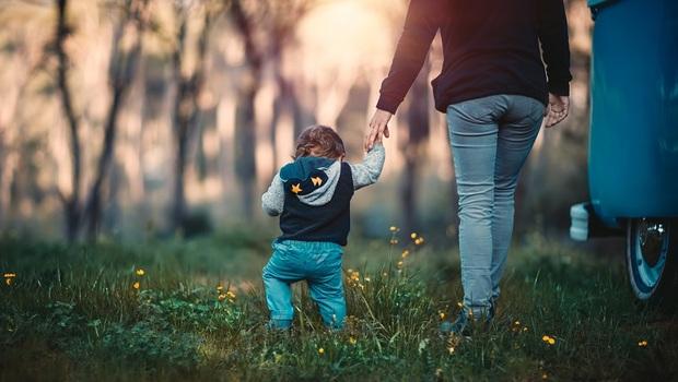 「父母計劃中永遠有小孩,小孩計劃卻沒有父母...」兒子閃婚後,一位母親的感慨
