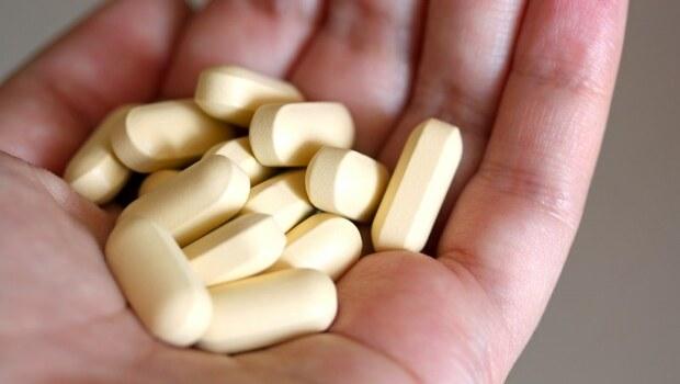 吃「維他命B群」會提高罹肺癌機率,是真的嗎?營養師解密:原因是這個...
