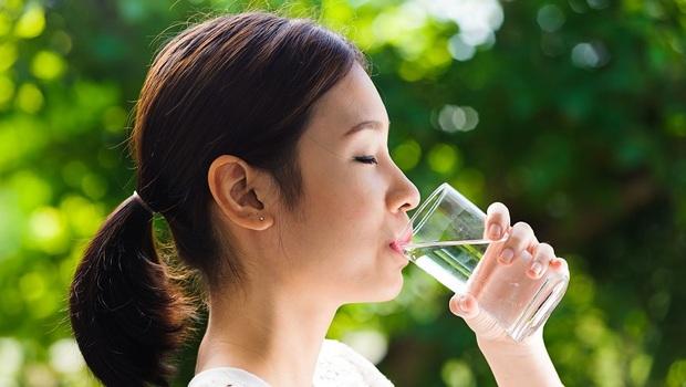 多喝水竟讓你養出寒性體質!前日本首相保健醫師:3種以為健康的錯誤觀念,讓你全身都是病