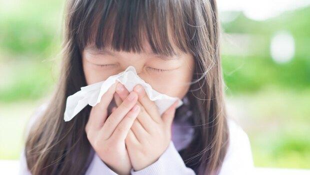 感冒不單純,竟分風寒型、風熱型!中醫師教你從喉嚨、鼻涕辨別,才能對症下藥