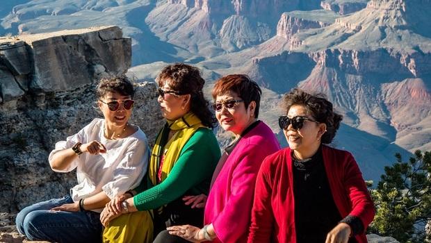 50歲愛旅遊的人看過來》「旅行」竟可看出你的命運?中年後想快樂,要學習「沒原則」