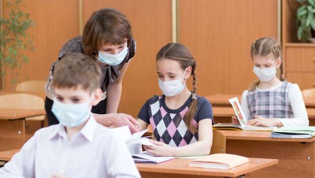 開學在即》1人確診武漢肺炎,全班停課!柚子醫生籲:除勤洗手,回家馬上「做這個」也很重要