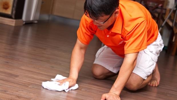 武漢肺炎》即使用酒精,做錯「這件事」反而越消毒越髒!日本醫療級專家的消毒3建議