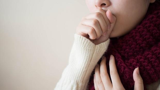 手腳冰冷、嗜睡...小心「失智」找上你!女性更要注意,「甲狀腺功能低下」別吃這6種蔬菜