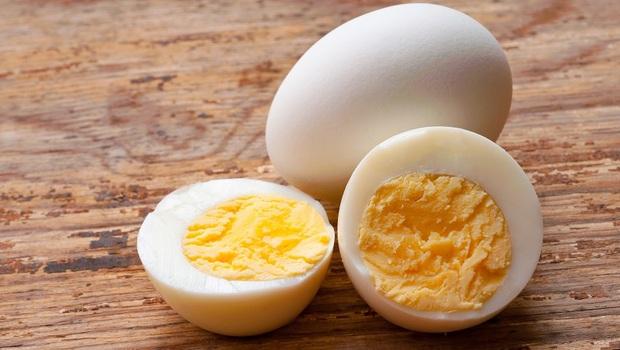 有食譜》中醫教你:「蛋」加2種食材,養肝又降血壓!蛋黃、蛋白功效大不同,你吃對了嗎?