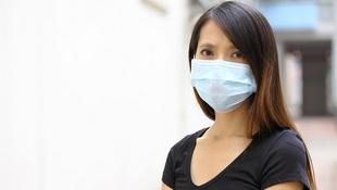 武漢肺炎》長時間戴口罩,小心臉爛出現「口罩痘」!皮膚科醫師教你掌握3大原則