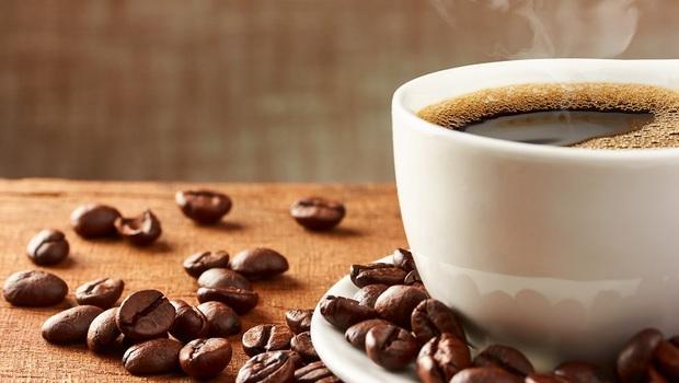 咖啡和牛奶一起喝,小心出「這問題」!原來關鍵出在「喝的順序」