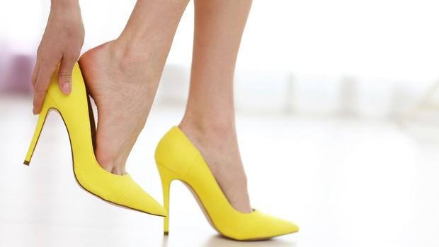 男性超在意女人「腳部」...其實代表喜歡「全權操控」?諮商師:從男人「重視女性的11個部位」解析個性