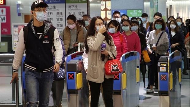 武漢肺炎》搭大眾運輸全面戴口罩!違者最重罰1.5萬元