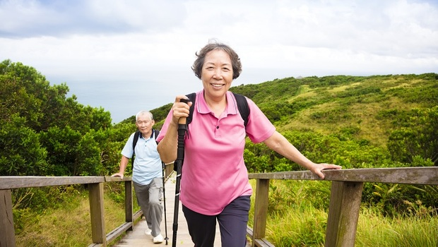 4個月從坐輪椅到站起來!「肌少症」讓人失能又失智...名醫江坤俊用「這個」對抗老化殺手