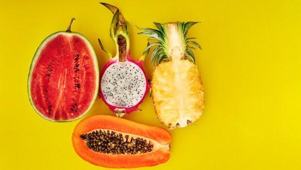 鳳梨、香蕉、西瓜,哪個「升糖指數」最高?一張圖搞懂:14種日常水果大解析