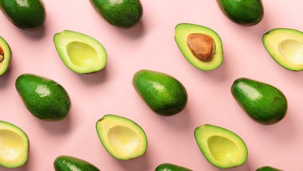 有食譜》還在吃地瓜當早餐?不如吃酪梨,膳食纖維加倍!日本專家教你:吃對助排毒還防便祕