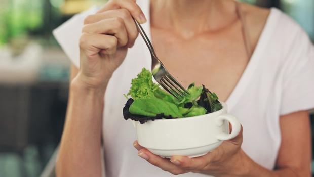 低卡、不吃澱粉...你以為的「健康」,其實可能是一種病!營養學家解析「健康飲食癡迷症」5大原因