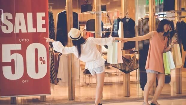 以為打折買最划算、常獨自一人買東西...小心你也是衝動購物者!心理師用一張表,檢測你的「衝動購物指數」有多高