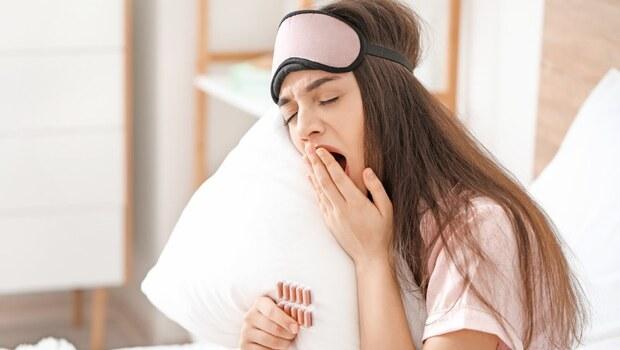 「安眠藥只是可以把你敲暈的棍子!」精神科醫師的真心話:數百萬台灣人每天都在敲暈自己...究竟失眠是不是一種病?