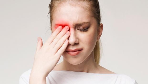 眼脹頭痛、噁心想吐...小心你的視力已被偷走一半!眼科醫師警告:出現「青光眼」7症狀,要趕快就醫