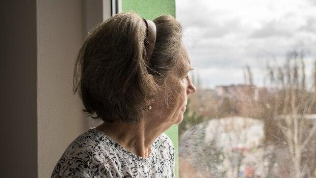 「別再哭了...」你的安慰,對失親者來說竟是2次傷害!喪偶家庭協會理事長:為了小孩堅強不哭,是最糟糕的說法