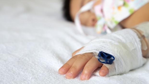 「腸病毒」正流行!手腳無力、嗜睡發燒...出現這「8種前兆」恐致衰竭、死亡
