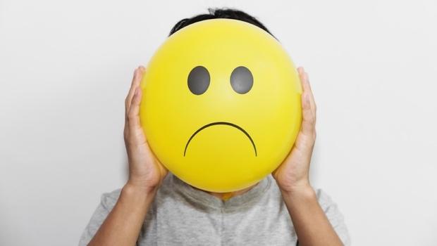 太難過、太開心...「情緒」竟也會讓你氣喘發作!除了塵螨、蟑螂...你該知道的「氣喘4大元凶」