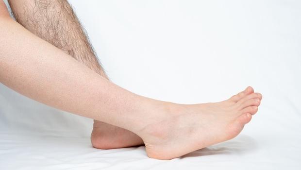 除毛注意事項》拔毛、剃毛、除毛膏...哪個最傷皮膚?醫師:妳一定要知道的4大正確「除毛後保養法」