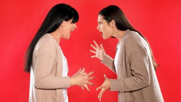 「你媽沒教你削水果嗎?」「這是我家的錢...」婆婆言語暴力只能忍?韓國媳婦含淚體悟:不要在第一次受暴時什麼都不做