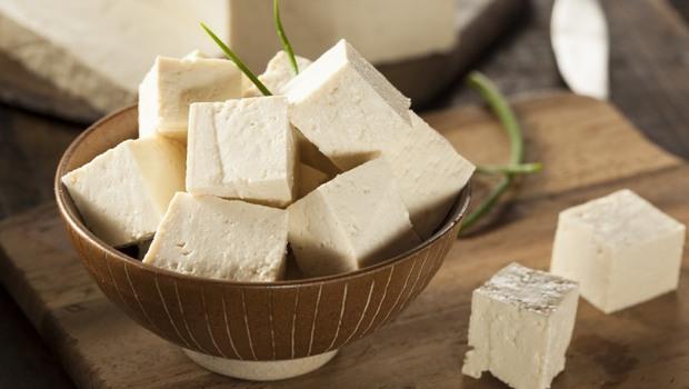 什麼是「脂聯素」?竟是防老化的青春荷爾蒙!日本抗老醫師推薦:吃「6類食物」幫身體回春