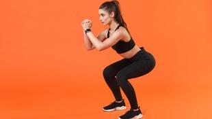 「深蹲」姿勢不對,總讓你腰痛、膝蓋痛?物理治療師教你:2招在家也能正確深蹲