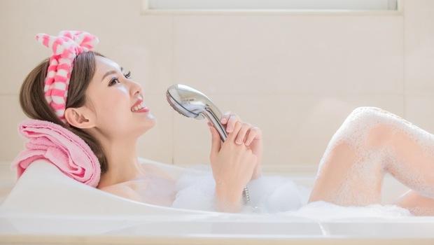 泡的青春露》15分鐘活化細胞、肌膚回春!泡澡+「這個」還能降血壓