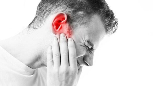 小感冒竟可能讓你耳朵流膿、嚴重昏迷?耳鼻喉科醫師:感冒時別做這件事
