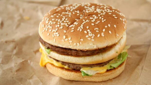近6成台灣人愛吃速食!大家最常吃:麥當勞,但支持度卻快被「這間」超越⋯