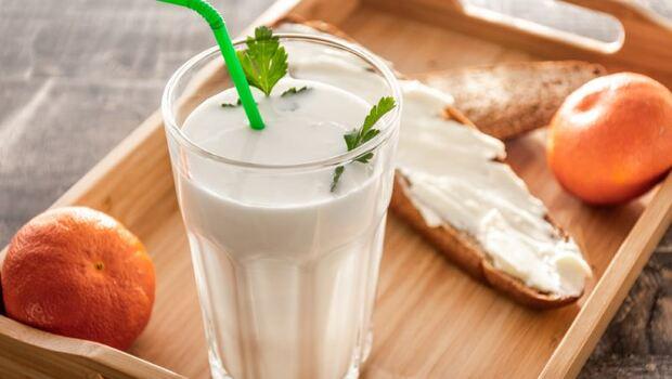 全台有500萬便秘人口!營養師教你3招喝「優酪乳」,解決冬天便祕問題