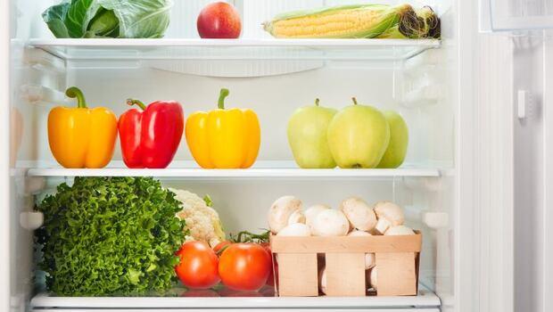 番茄、洋蔥、辣椒醬,放室溫比冷藏好!專家:21種放冰箱超NG的食物