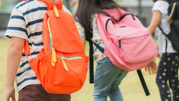 武漢肺炎》高中以下延至2/25開學!防疫中心:家長有需求可請「防疫照顧假」