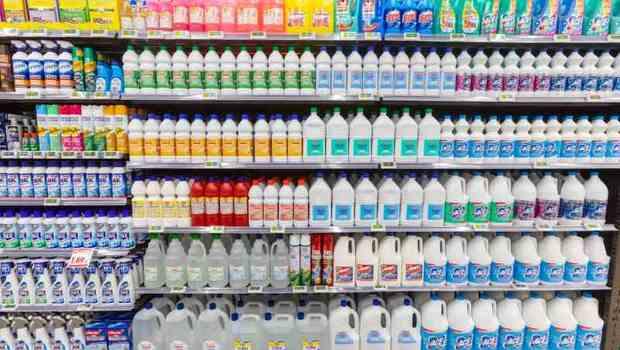 武漢肺炎》75%、95%酒精大缺貨!可替代的次氯酸水、漂白水、異丙醇...有何不同?