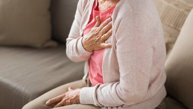 胃食道逆流如果伴隨「這8症狀」,可能是心臟有問題!健檢醫生:嚴重恐致心肌梗塞
