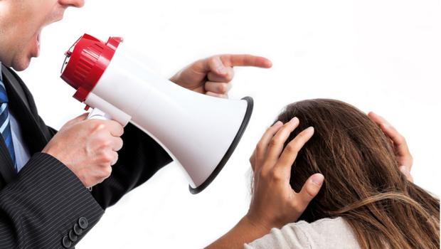 說你差,你才會接受老闆的「隱性勒索」!知名心理師周慕姿教你職場求生指南:如何在威脅中做選擇