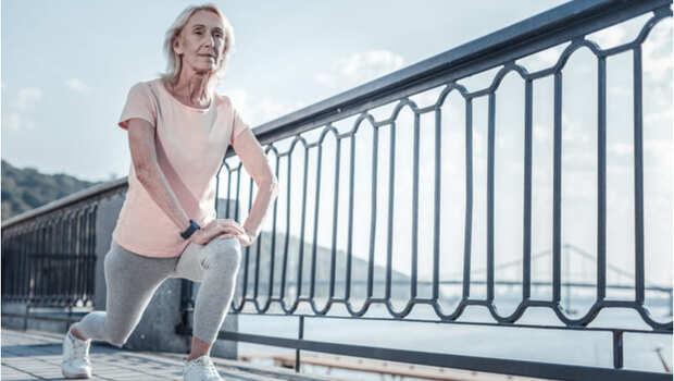 有影片》肌力流失從40歲開始!不想臥病在床,奇美醫師教你「用蹲的」對抗肌少症