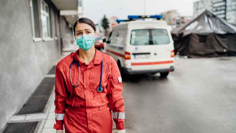 武漢肺炎》連醫師都喊怕...醫師警告:17年前SARS防疫崩潰,就是在「這時候」發生的...