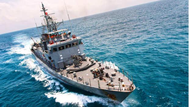 「這樣的環境,嗅覺味覺都有可能喪失」柴油、銅臭味、滅鼠藥...一位退役海軍醫官的沉痛告白:如果你沒上過船,不會了解他們的世界!