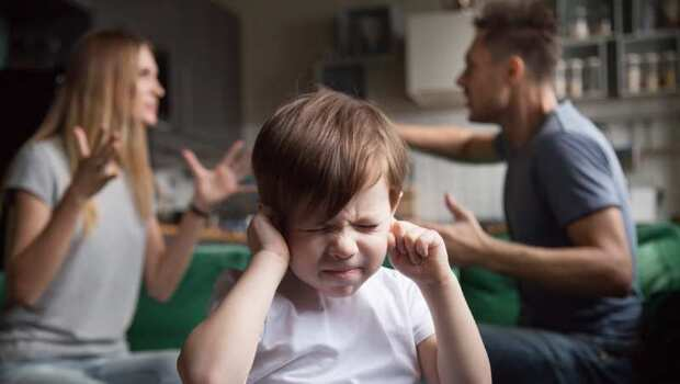 台灣「封城」危機來襲?罵伴侶、罵小孩,待在家心情好暴躁...醫師教你:4指標檢視你是否也有「新冠壓力症候群」