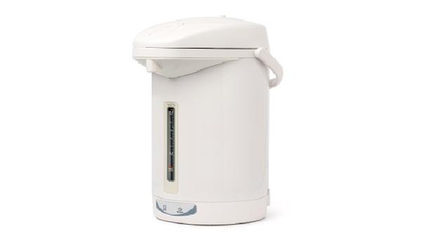 為了喝熱水,花掉的電費竟然超過冰箱!省電達人教你「自行紓困」小妙方,1年省下近4成耗電
